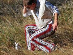 Moda maschile 2015: Pantaloni all'uncinetto e peni in bella vista, Si salvi chi può!