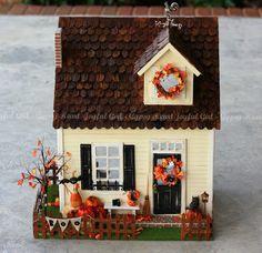 http://joyfulgirlgypsyheart.blogspot.be/2012/12/2013-roombox-price-list.html