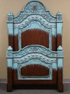turquoise with concha accents here's your bed set Angelini Angelini Preston Western Furniture, Home Decor Furniture, Furniture Decor, Painted Furniture, Furniture Makeover, Southwestern Home Decor, Southwestern Decorating, Cowgirl Bedroom, Cowboy Room