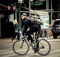 Urban Cycling, Urban Bike, Road Bikes, Cycling Bikes, Bike Messenger Bags, Retro Bike, Fixed Gear Bike, Bicycle Women, Commuter Bike