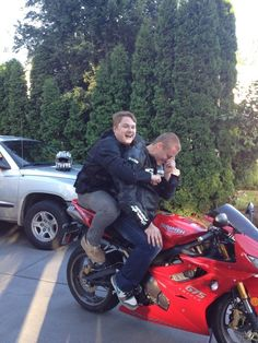 After years of wanting to ride on a motorcycle, I finally convinced my friend to take me for a spin....the facial expression says it all : funny