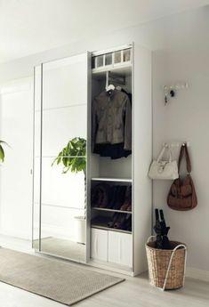 corridor set up hallway wardrobe in white with mirror beige carpet by wohnklamotte Hall Mirrors, Hallway Mirror, Mirror Set, Closet Mirror, Entry Hallway, Entrance Hall, Ikea Hallway, Hallway Storage, Armoire Pax Ikea