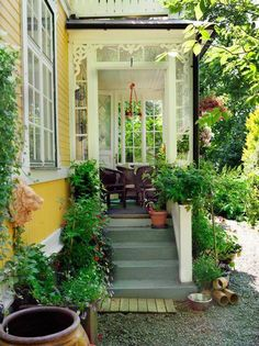 Pergola For Small Backyard Cottage Porch, Home And Garden, Beautiful Homes, Cottage Style, Swedish House, Cottage, Outdoor Rooms, Yellow Houses, House Exterior