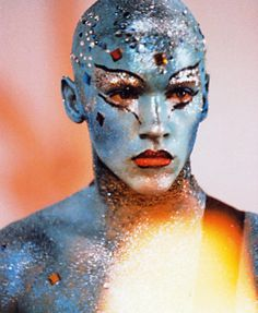 """Jonathan Rhys Meyers in """"Velvet Goldmine,"""" Horror Picture Show, Rocky Horror Picture, Todd Haynes, Psychedelic Space, Moonage Daydream, Italo Disco, Makeup Books, Jonathan Rhys Meyers, Ombre Lips"""