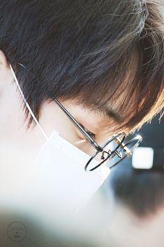 180302 airport to Singapore Exo Kai, Chanyeol, Little King, Kim Jongin, Kim Junmyeon, Diamond Rings, Arrow Necklace, Silver Rings, Earrings
