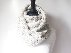 This cosy cream infinity scarf.   22 Insanely Cosy Scarves To Snuggle Up In This Autumn