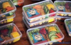 Put each kids food in tray. Parents don't have to make kids a plate.