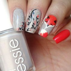 "nail art ""autumn fox"" instagram @saragarguz nail polish: essie"