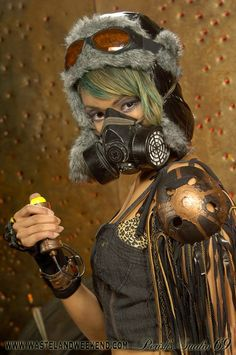 Dystopia Post-Apocalyptic Mecha Nomad Futuristic for cosplay ideas. Post Apocalyptic Clothing, Post Apocalyptic Costume, Post Apocalyptic Fashion, Cyberpunk, Wasteland Warrior, Dystopia Rising, Dystopian Fashion, Wasteland Weekend, Tatoo