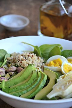 Vegetarian Protein Packed Salad with Avocado, Hard Boiled Eggs, Pistachios and Quinoa www.mountainmamacooks.com #glutenfree