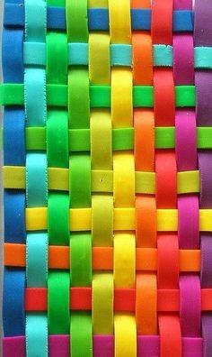 Colour weaving
