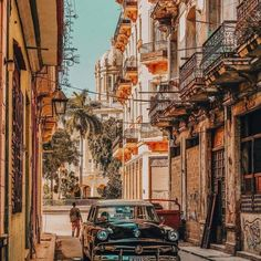 La Habana Cuba Photography Havana Vieja, Havana Cuba, Cuba Photography, Amazing Photography, Photography Ideas, Zona Colonial, Wanderlust Hotel, South Of The Border, Big Ben