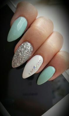 Almond nails White And Silver Hauls Nails with rhinestones Blue nails Acryli … Nail Design Ideas! is part of Almond nails Winter Red - Almond nails White And Silver Hauls Nails with rhinestones Blue nails Acrylic nails AcrylicNai Mint Nails, Blue Nails, White Nails, Mint Green Nails, Acrylic Nails Almond Glitter, Almond Nails, Glitter Nails, Silver Glitter, Glitter Art