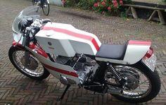 Yamaha YDS3 caferacer