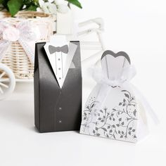 Distinct Bride Groom White Wedding Favor Boxes w/ Ribbon Shower Party Candy Bag - Wedding Shower - Ideas of Wedding Shower - Distinct Bride Groom White Wedding Favor Boxes w/ Ribbon Shower Party Candy Bag Price : Wedding Candy Boxes, Wedding Paper, Wedding Favors, Wedding Gifts, Wedding Ideas, Confetti Balloons Wedding, Wedding Shower Decorations, Wedding Showers, Party Rings