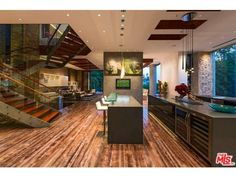 Open kitchen and living (9909 Beverly Grv, Beverly Hills, CA 90210)