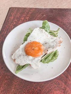 Egg & Rye bread brunch Rye Bread, Avocado Toast, Brunch, Eggs, Breakfast, Healthy, Food, Morning Coffee, Essen
