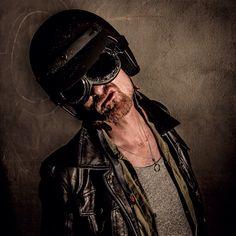 Helmet Riding Helmets, Lifestyle, Portrait, Photography, Fashion, Moda, La Mode, Men Portrait, Portrait Illustration