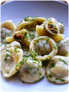...Soul Vood kocht & bloggt...: Tortelloni mit Eierschwammerlfüllung