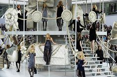 Design And Lifestyle New York Fashion Runway Shows Interior Design Chanel