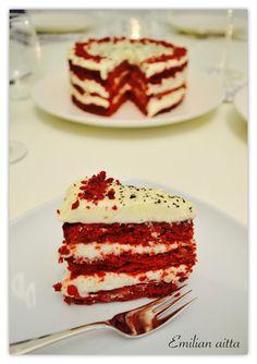 Emilian aitta Gluteeniton Red Velvet cake Gluteeniton Red Velvet kakku Velvet Cake, Red Velvet, Halloween Cupcakes, Panna Cotta, Ethnic Recipes, Food, Essen, Yemek, Meals
