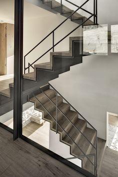 Image 12 of 19 from gallery of Haus Wiesenhof / Gogl Architekten. Photograph by Mario Webhofer