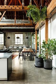 Rustic Homes & Gardens what a loft! Concrete provides such a soft visual background for the furnishings to become the visual impactwhat a loft! Concrete provides such a soft visual background for the furnishings to become the visual impact Industrial House, Rustic Industrial, Kitchen Industrial, Industrial Lighting, Industrial Design, Industrial Bedroom, Industrial Shelving, Kitchen Modern, Kitchen Retro