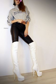 Beauty´s in Boots & Heels Very Comfy and Attractive. Faux Leather Big sizes are also available. Thigh High Boots, High Heel Boots, Heeled Boots, High Heels, Ankle Boots, White Boots, Sexy Boots, Fashion Moda, Womens Fashion