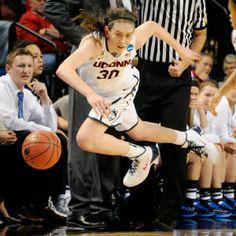 Breanna Stewart - Women's NCAA tournament 2014 - Connecticut Huskies withstand BYU Cougars' test