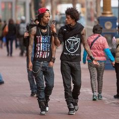 145 Best Les Twins Obsessed Images In 2019 Larry Les Twins Twins