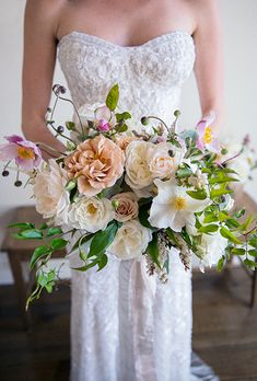 Love the shape of this bouquet