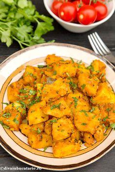 CARTOFI BOMBAY LA CROCK POT | Diva in bucatarie Romanian Food, Romanian Recipes, Indian Food Recipes, Ethnic Recipes, Crock Pot, Slow Cooker, Diva, Curry, Curries