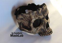 Media máscara de calavera