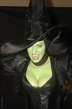 Wicked Witch of the West | Dragon*Con 2013 #corset #makeup #cosplay