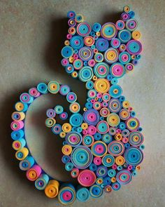 Quilling: Do you know what it is, how it works and - Quilled Paper Art Paper Quilling Patterns, Quilling Paper Craft, Paper Crafting, Quilling Ideas, Quiling Paper, Paper Quilling Tutorial, Paper Quilling Jewelry, Diy And Crafts, Crafts For Kids