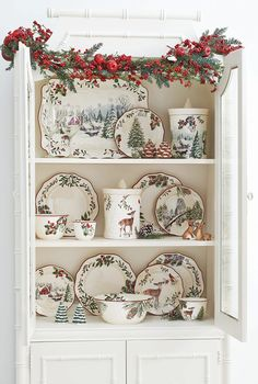 Tisch Steingut Better Homes and Gardens Heritage Oval Stoneware Casserole, Pine, Pinecone Christmas China, Christmas Dishes, Christmas Kitchen, Country Christmas, Christmas Home, Christmas Holidays, Xmas, Christmas Table Settings, Christmas Tablescapes
