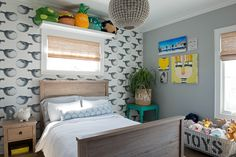 Abnormals Anonymous Mr. Blow Wallpaper designed by GL Design Photography: Jane Beiles Blowfish wallcovering kids bed room