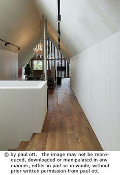 Haus P / Gangoly & Kristiner Architekten ZT GmbH - Paul Ott Pfotografiert Cabana, Stairs, Interior, Room, Furniture, Home Decor, Farm Cottage, Cottage House, Architecture