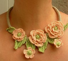 Gorgeous crocheted necklace #crochet #jewelry