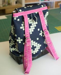 Show Off Saturday: I made a Day Off Backpack! — SewCanShe | Free Daily Sewing Tutorials