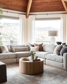 Living Room Sectional, My Living Room, Home And Living, Living Room Decor, Living Spaces, Family Room With Sectional, Large Sectional Sofa, Small Living, Little Corner