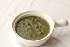 This kale & squash bone broth soup thickened with avocado is a great way to get your protein and good fats without consuming any muscle meat. Enjoy!