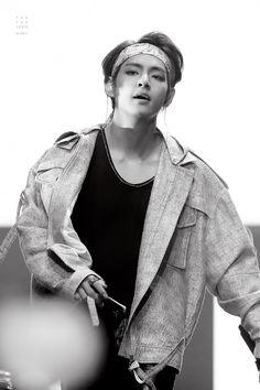 ˗ˏˋ ☾@ t i r e d b t w ˎˊ˗ bts : taehyung Daegu, Kim Taehyung, Namjoon, Bts Memes, Kpop, Style Finder, Wattpad, Rap Monster, Bts Bangtan Boy