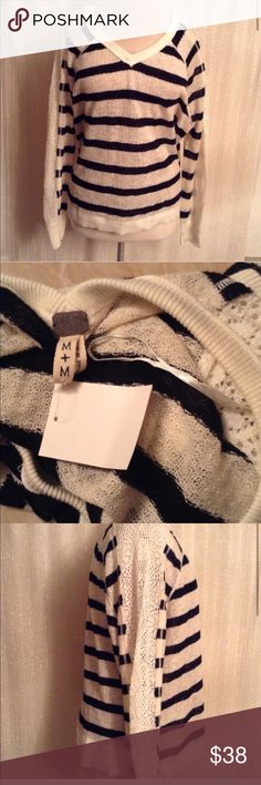 Free people sweater Authentic Free People Sweaters