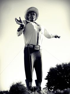 sorry boutcha, Big Tex. That's no way to celebrate 60 yrs! :( R.I.P. :(