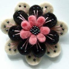 Pretty - wool flower: