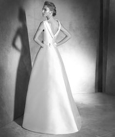 ISELDA, Wedding Dress 2016 ATELIER PRONOVIAS