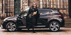 Autfit k Renault Clio New Renault Clio, Jennifer Lopez, Michael Kors, Sport, Lifestyle, Fictional Characters, Deporte, Jenifer Lopes, Sports