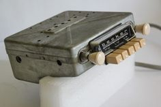 Becker Europa LMU AM FM 1960s 6/12V Valve Radio Mercedes 190SL Pagoda #Becker Car Amplifier, Car Audio, Radios, Vintage Cars, Vintage Designs, Gears, 1960s, Creative, Gear Train
