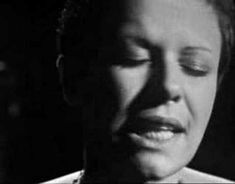 Aquas de Marco-Tom Jobim e Elis Regina. She is simply breath taking. This is possibly the best version of this song ever.